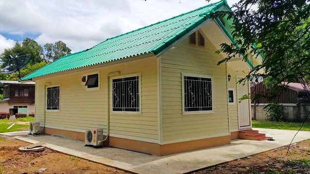 Here are five new build house design that will inspire you to work hard and earn more to have your own house. These custom house designs are taken from Naibann.com in Thailand.   Yes, they are Thai-designed houses but could be an inspiration if you want to re-create one of this here in the Philippines. You can even design your own house floor plan from or you can custom home design using these house style. Pictures of the interior are also included in this post, so scroll down to see the photos!