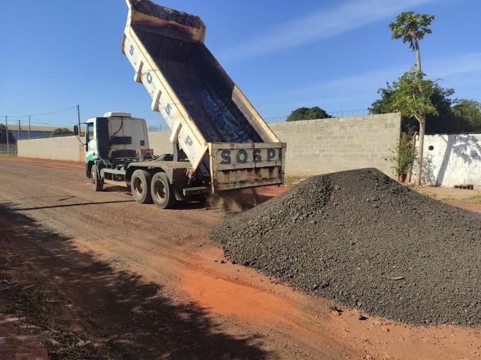 Prefeitura melhora ruas do Parque Industrial Maria Izabel