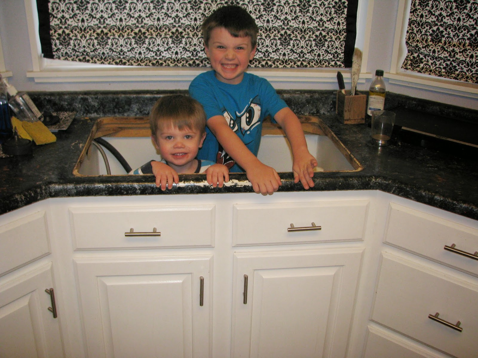 Resize Your Existing Cabinet And Doors To Fit An A Front Sink