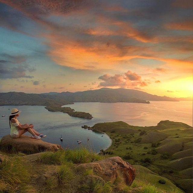 Sunset Gili Lawa - foto golden_heart