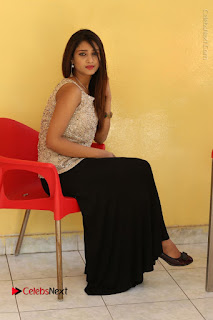 Tollywood Upcoming Actress Arthi Stills in Black Skirt at Plus 1 Movie Trailer Launch  0115.JPG