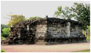 Candi Tegawangi.Pare, Jawa Timur.