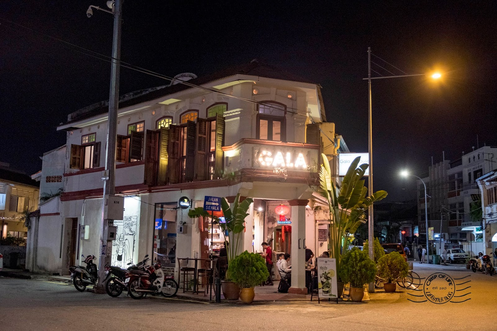 Gala House Restaurant and Bar @ Muntri Street, Georgetown, Penang for beer and Asian Western fusion cuisine.