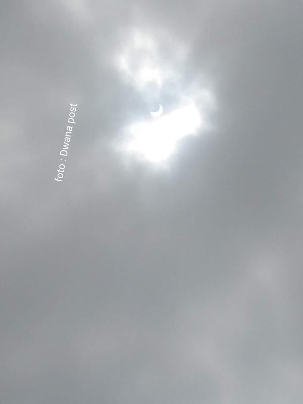 Setelah gerhana matahari cincin : Palembang terkena hujan badai