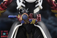 S.H. Figuarts Kamen Rider Evol Black Hole Form (Phase 4) 12