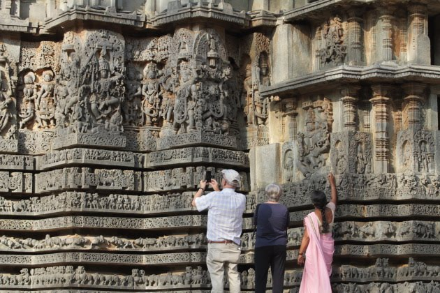 Hoysaleswara Temple, Halebid - photographic wonder everywhere