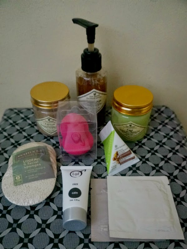 Beauty Haul: Just Herbs, Eco Tools, Product Samples from Luxola.com
