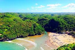 Pantai Baron – Ikon Pantai Gunungkidul