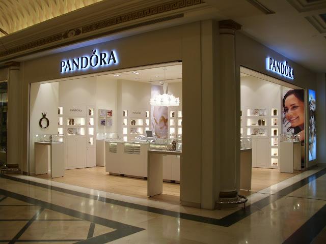Pandora abre sus puertas en  Barcelona