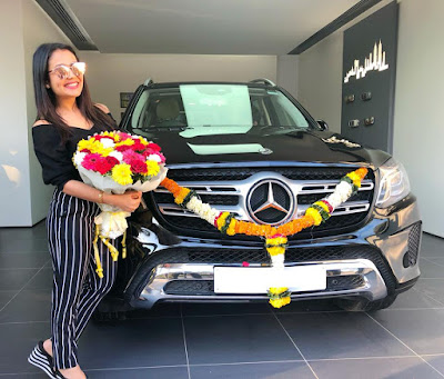 Neha Kakkar new car images