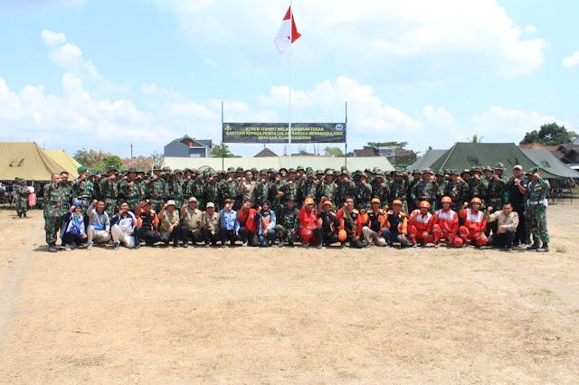 Foto bersama Peserta Latihan Penanggunlangan Bencana Alam