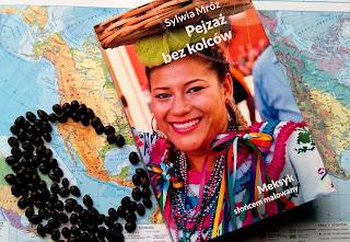 http://mamadoszescianu.blogspot.com/2016/11/sylwia-mroz-pejzaz-bez-kolcow-meksyk.html