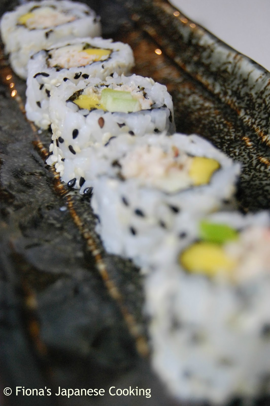 Fiona's Japanese Cooking: Uramaki - inside out sushi roll ...