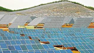 http://ambientesannicolas.blogspot.com.es/2016/10/china-construye-el-mayor-parque-solar.html