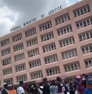 """Ministry of Injustice, Shame""""- #EndSARS protesters chant outside Federal Ministry of Justice premises"""
