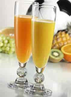 عصاير ومشروبات مغذيه للأطفال أيام المدراس