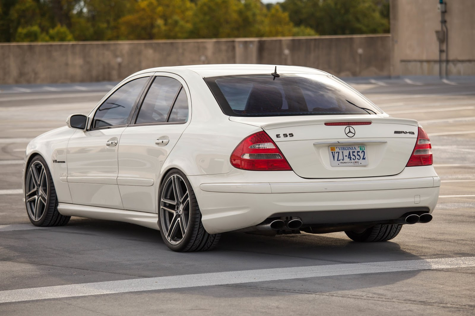 Mercedes benz w211 e55 amg on r19 sport edition st6 wheels for Mercedes benz e 55 amg