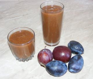 smoothie de prune, suc de prune, medicament, laxativ natural, sanatate, retete, sucuri, bauturi, retete cu prune, suc natural,
