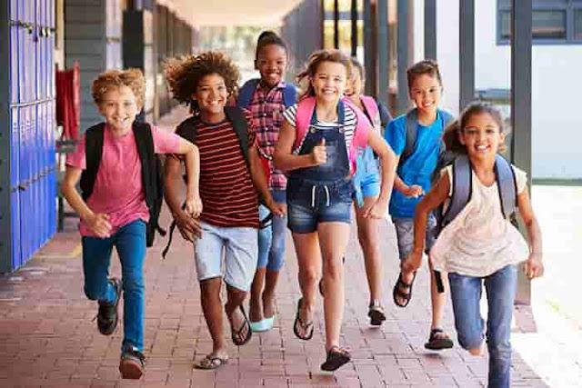 Summer-Season-Holidays-School-Breaks
