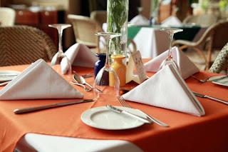 Table Manner Sekolah Pramugari Juga Diajarkan FAAST Penerbangan