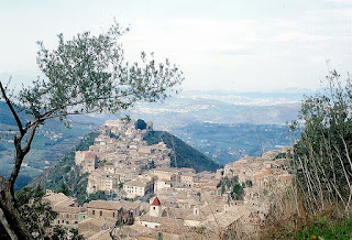 Arpino sprawls spectacularly along a ridge in the province of Frosinone in Lazio