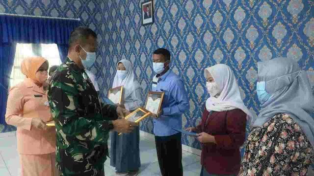 Tim Fesa Lanud Sulaiman Terima Penghargaan