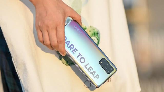 Realme X7 Pro Series Akan Segera Rilis di Indonesia, Berikut Spesifikasinya