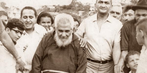 """FÉ E DEVOÇÃO:  O homem que veio da Itália e se tornou o """"Santo do Nordeste"""""""