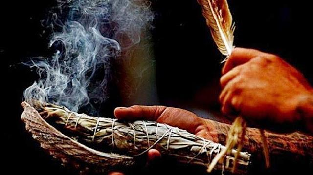 Berburu Para Penyihir - Antara Kepercayaan Dan Fitnah