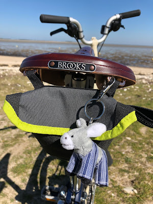 French Village Diaries #KTTinyTourer 2019 cycling challenge Ile de Ré Canal de la Garonne