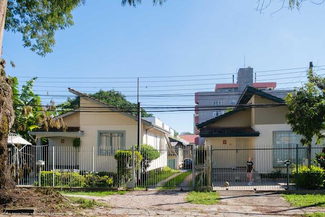 Duas casas semelhantes