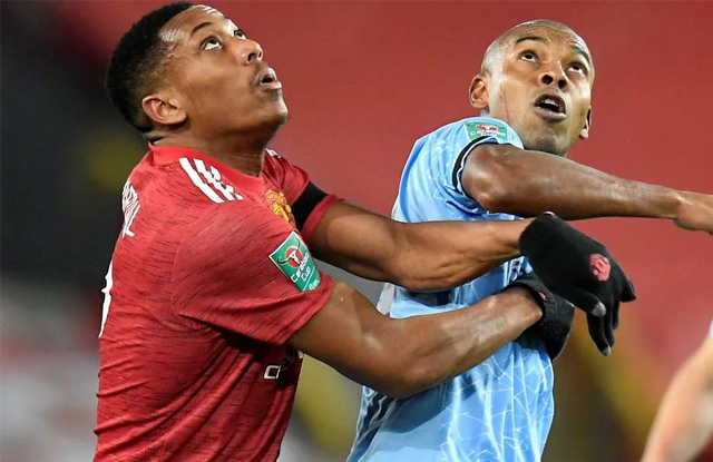 Man United 0-2 Man City Anthony Martial Dapat Cacian Dari Fans