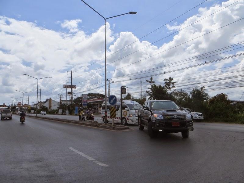 Пикап и скорая помощь Таиланд