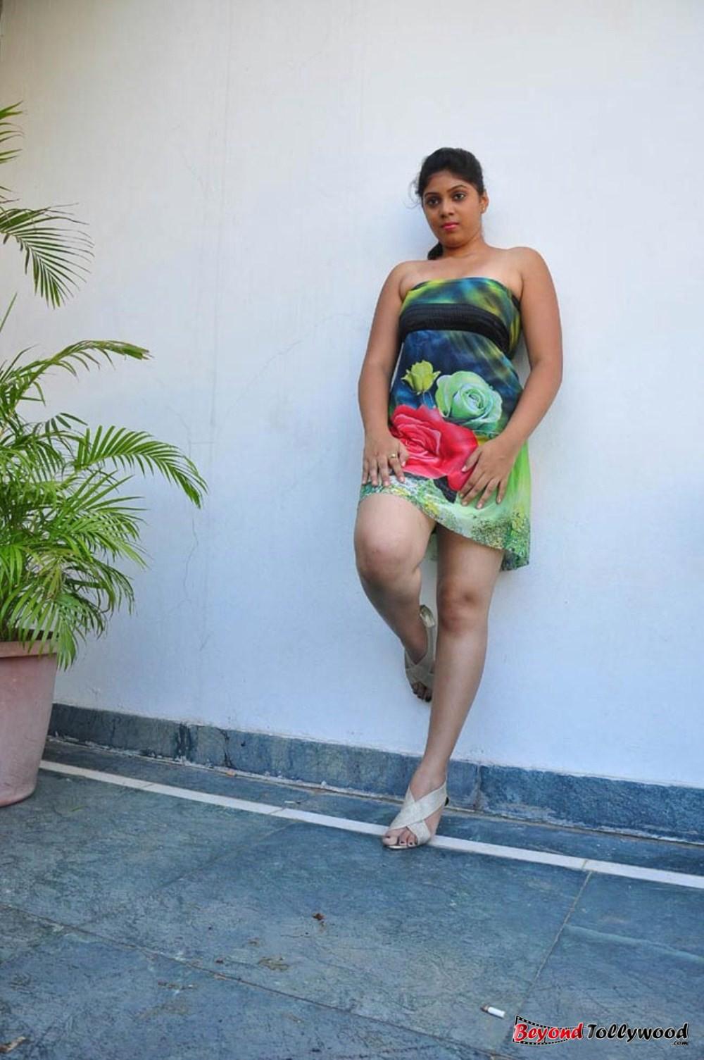 tollyimg: Haritha Hot Photo Stills  tollyimg: Harit...