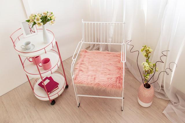 Poltrona Decorativa Aramada