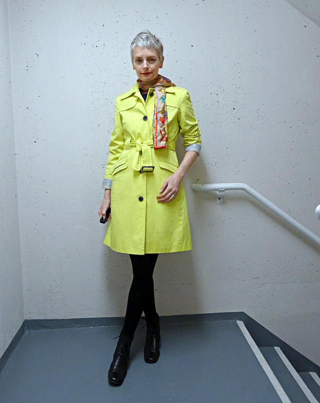 yellow trench coat, Bag and a Beret