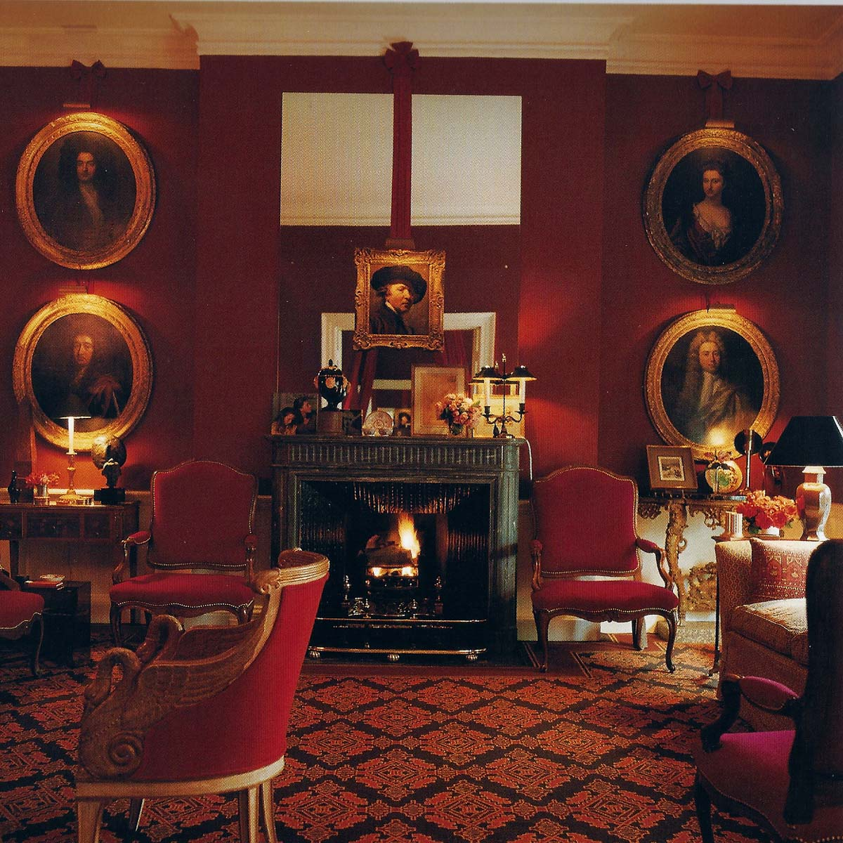 Red Room: Picture Of Elegance Blog: Red Does It All