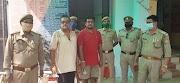 इटावा पुलिस द्वारा मुख्यमंत्री हेल्पलाइन पोर्टल के अधिकारी बनकर पुलिस अधिकारी तथा अन्य लोगों को धमकी देने वाले 2 अभियुक्तों को गिरफ्तार किया