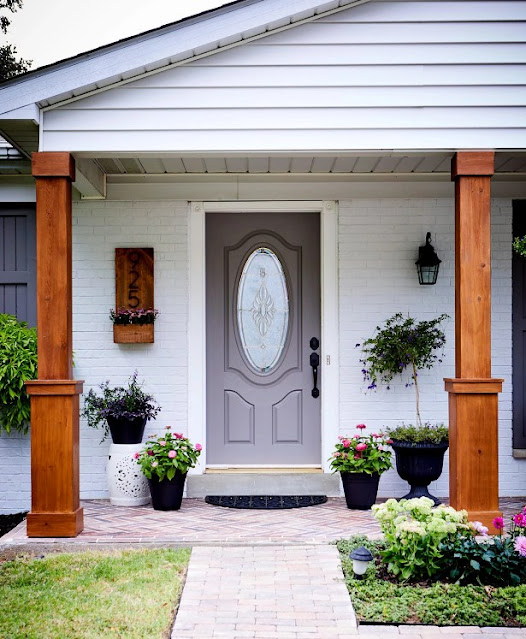 Curb Appeal in a Day with Replace Old Hardware