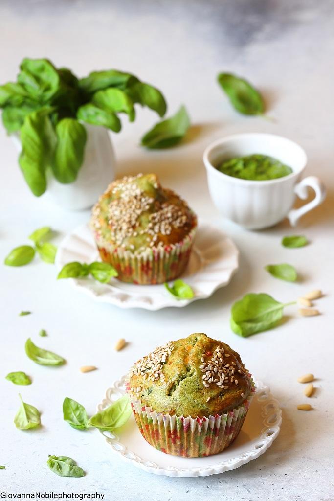 Muffin con pesto di basilico