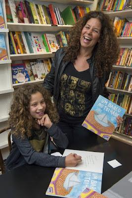 Gabriela Bornstein lança livro no Rio Design Barra/RJ