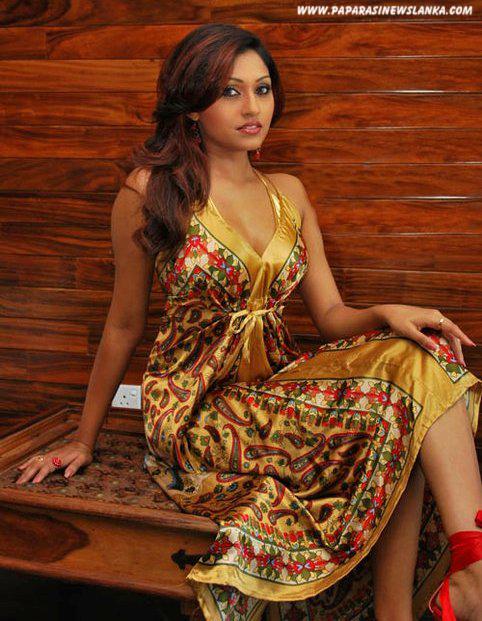 SL Hot Models: Aruni Rajapaksha Hot New