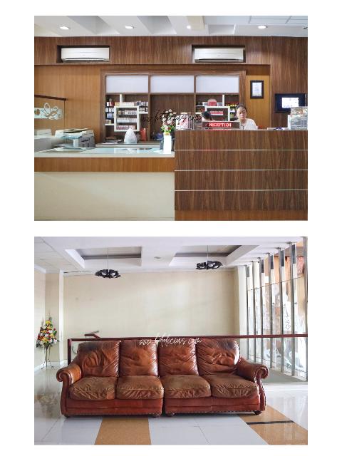 Reception Desk dan Sofa in Hotel Citihub Gejayan