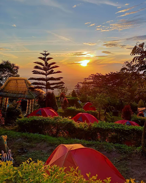 Sunrise Basecamp Mawar