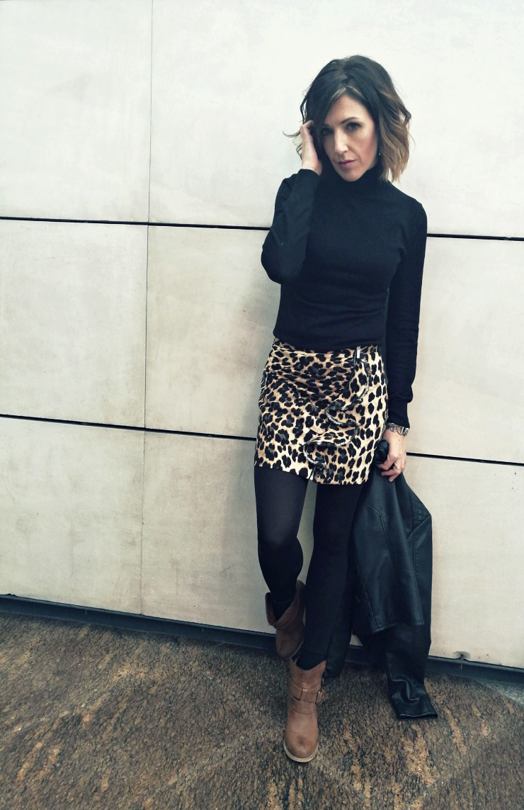 #LOOK. Zara Leo Skirt