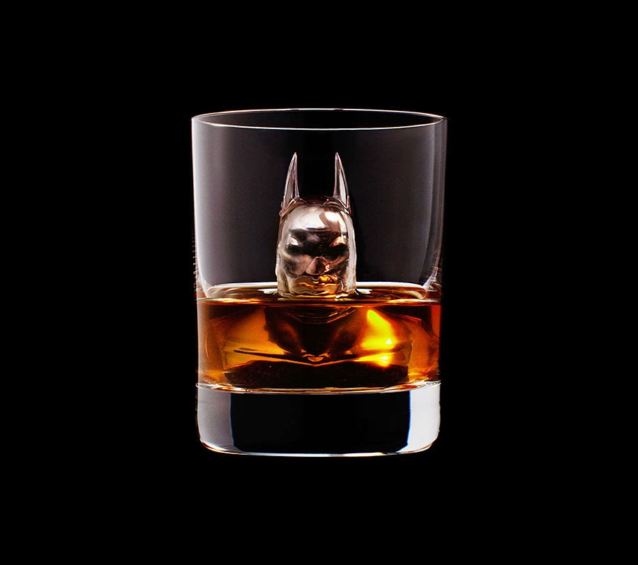 ice cube design 3d on the rocks suntory whisky