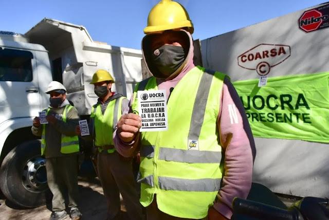 """Trabajadores de la construcción comenzaron una huelga """"a la japonesa"""" en Mar del Plata"""
