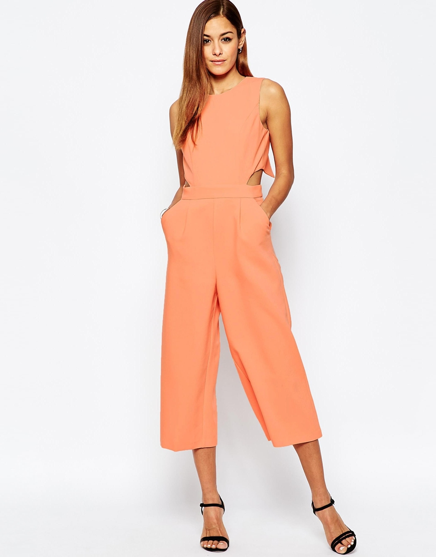 http://www.asos.com/ASOS/ASOS-Jumpsuit-with-Cut-Out-Cross-Back-and-Wide-Leg/Prod/pgeproduct.aspx?iid=6158515&CTARef=Recently%20Viewed&CTARef=Recently%20Viewed&CTARef=Recently%20Viewed&WT.ac=rec_viewed&CTAref=Recently+Viewed