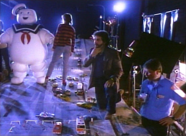 behind the scenes stay puft marshmallow man