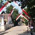 Awali Agustusan, Warga Desa Rebono Pasang Umbul-Umbul Merah Putih
